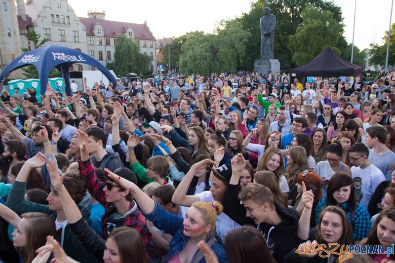 Red Bull Tour Bus - Poznań 10.06.2013 r.  Foto: lepszyPOZNAN.pl / Piotr Rychter