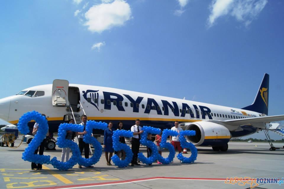 25555555 pasażer RyanAir  Foto: materiały prasowe / Piotr Stróżyński
