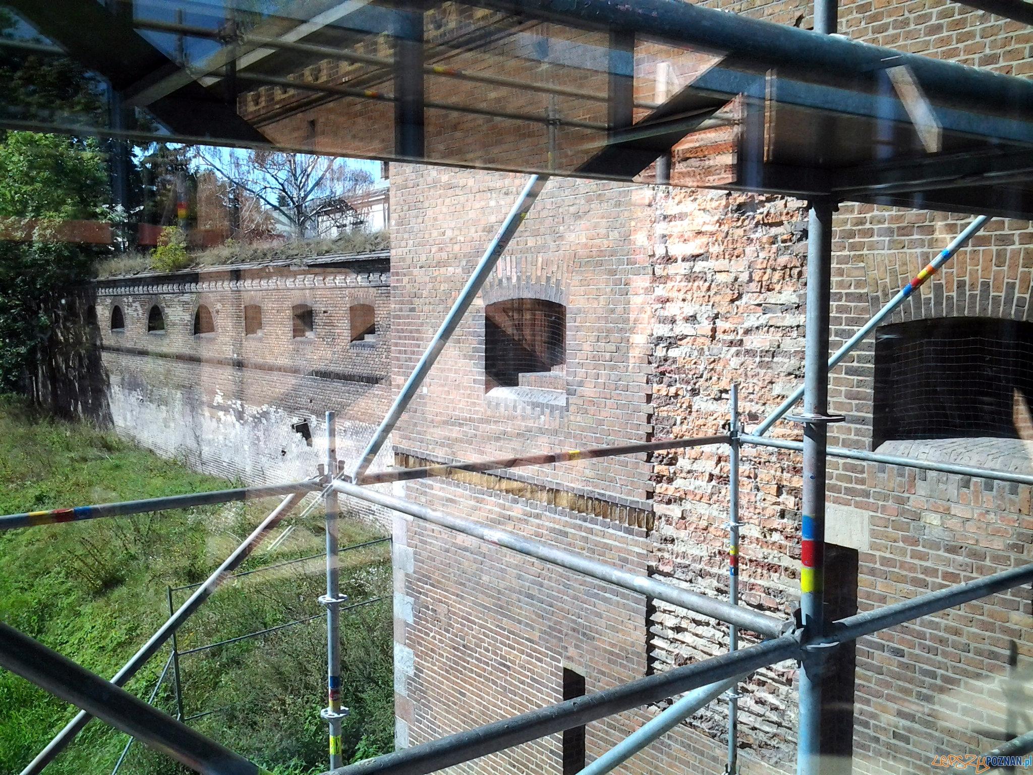 ICHOT Brama Poznania - prace budowlane 08.2013  Foto: lepszyPOZNAN.pl / tab 10.1