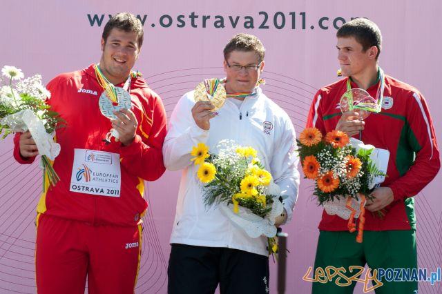 Paweł Fajdek z medalem w Ostrawie - 2011 rok  Foto: Wikipedia