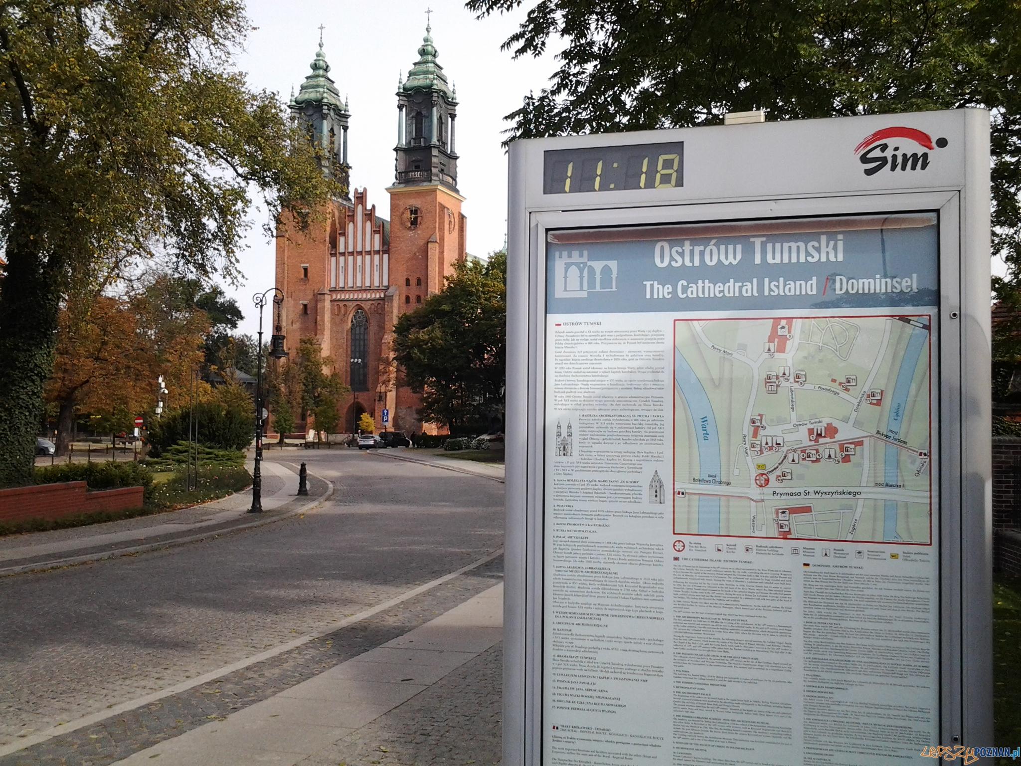Tablica informacyjna na Ostrowie Tumskim  Foto: lepszyPOZNAN.pl / tab