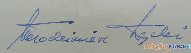 Autograf Włodzimierza Łęckiego Foto: wikipedia CC