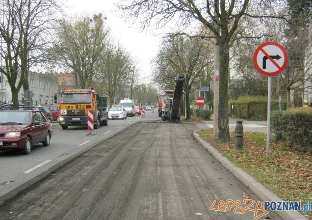 Frezowanie nawierzchni ulicy Marcelińskiej  Foto: ZDM