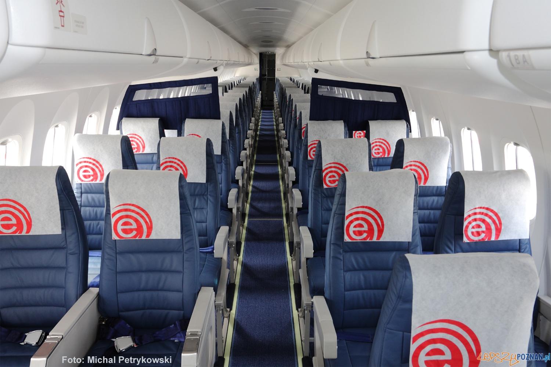 Bombardier Q400  Foto: Eurolot