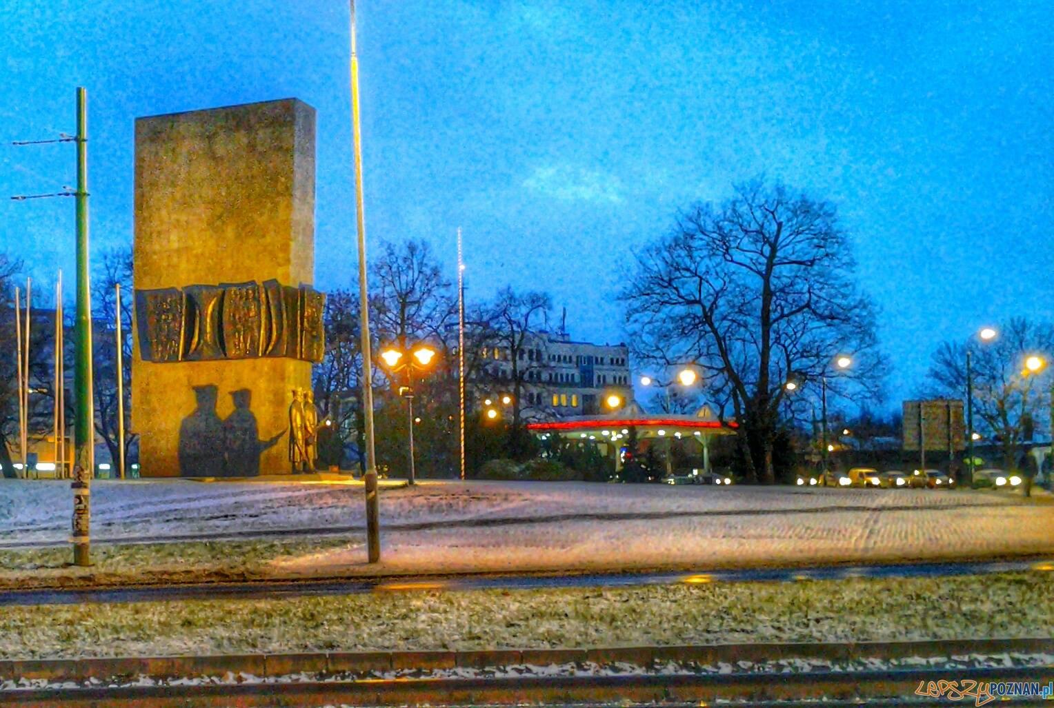 Pomnik Powstańców Wielkopolskich  Foto: lepszyPOZNAN.pl / tab
