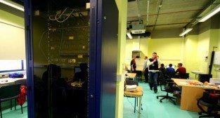 Laboratorium Technik Informatyk. Szafa rakowa.