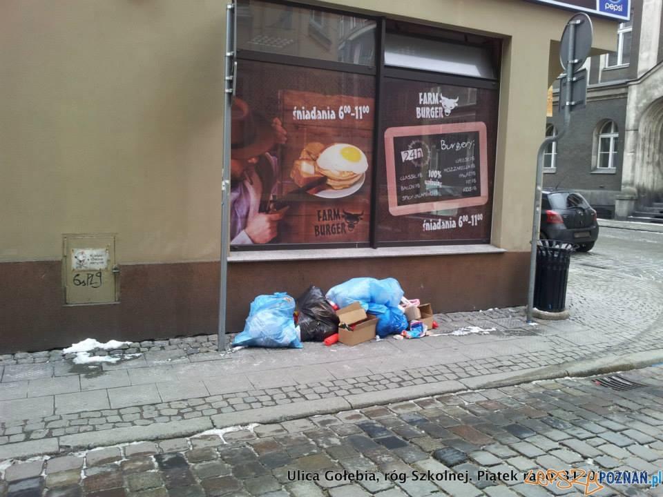 piątkowy poranek na skrzyżowaniu Gołębiej i Szkolnej  Foto: facebook / Ulica Wrocławska - Poznań