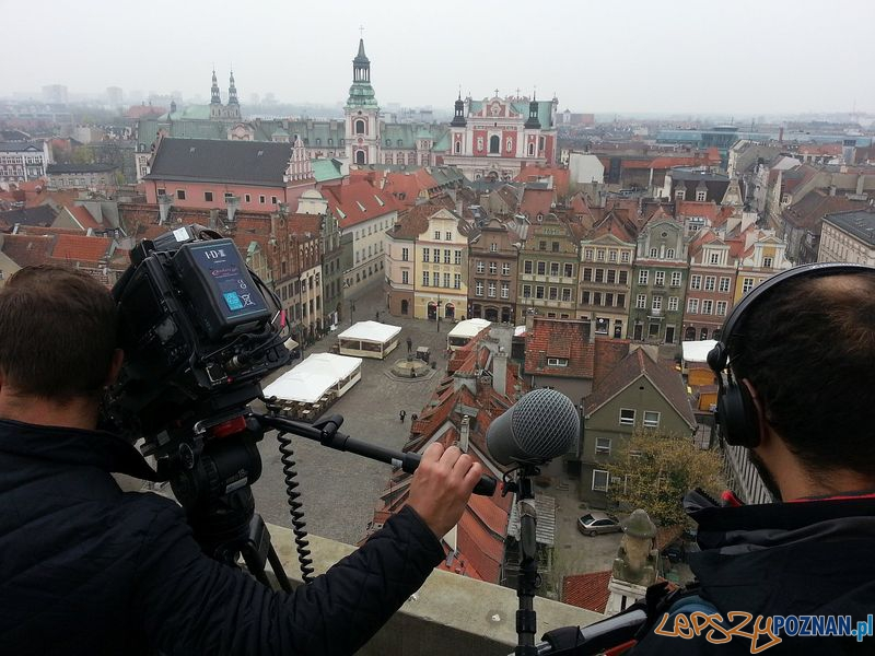 BBC w Poznaniu - ekipa na ratuszowej wieży Foto: PLOT