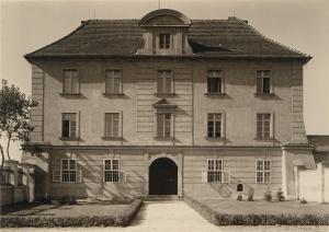 Archiwum Archidiecezjalne w budynku Akademii Lubrańskiego - przed wojna Foto: CC