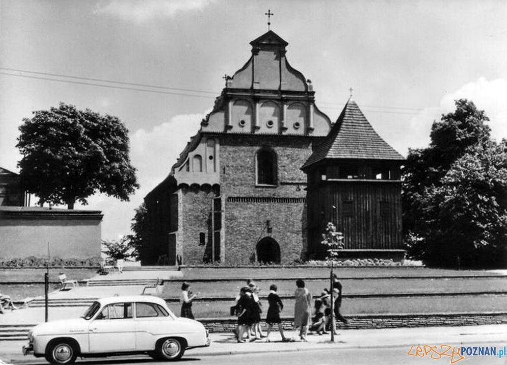 Kosciol Sw. Wojciecha 60-70