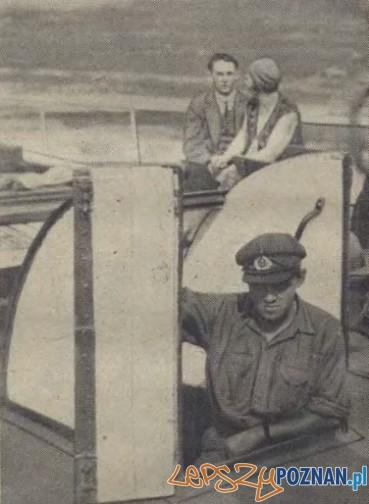 Miła jest jazda parowcem, zwlaszcza we dwoje Foto: Ilustracja Poznańska, nr 31 z 4.08.1931, za WBC