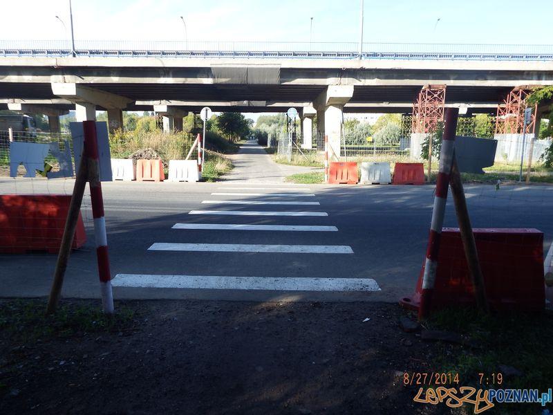 Tymczasowa droga na budowę Centrum Posnania na Ratajach