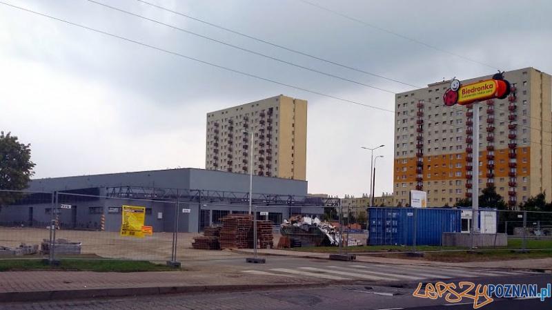 Budowa nowego sklepu Biedronka na Wichrowym Wzgórzu Foto: lepszyPOZNAN.pl / tab