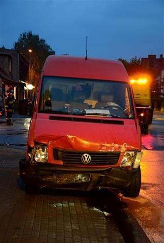 Zderzenie samochodów w Jarocinie  Foto: PSP Jarocin / Adam Majewski
