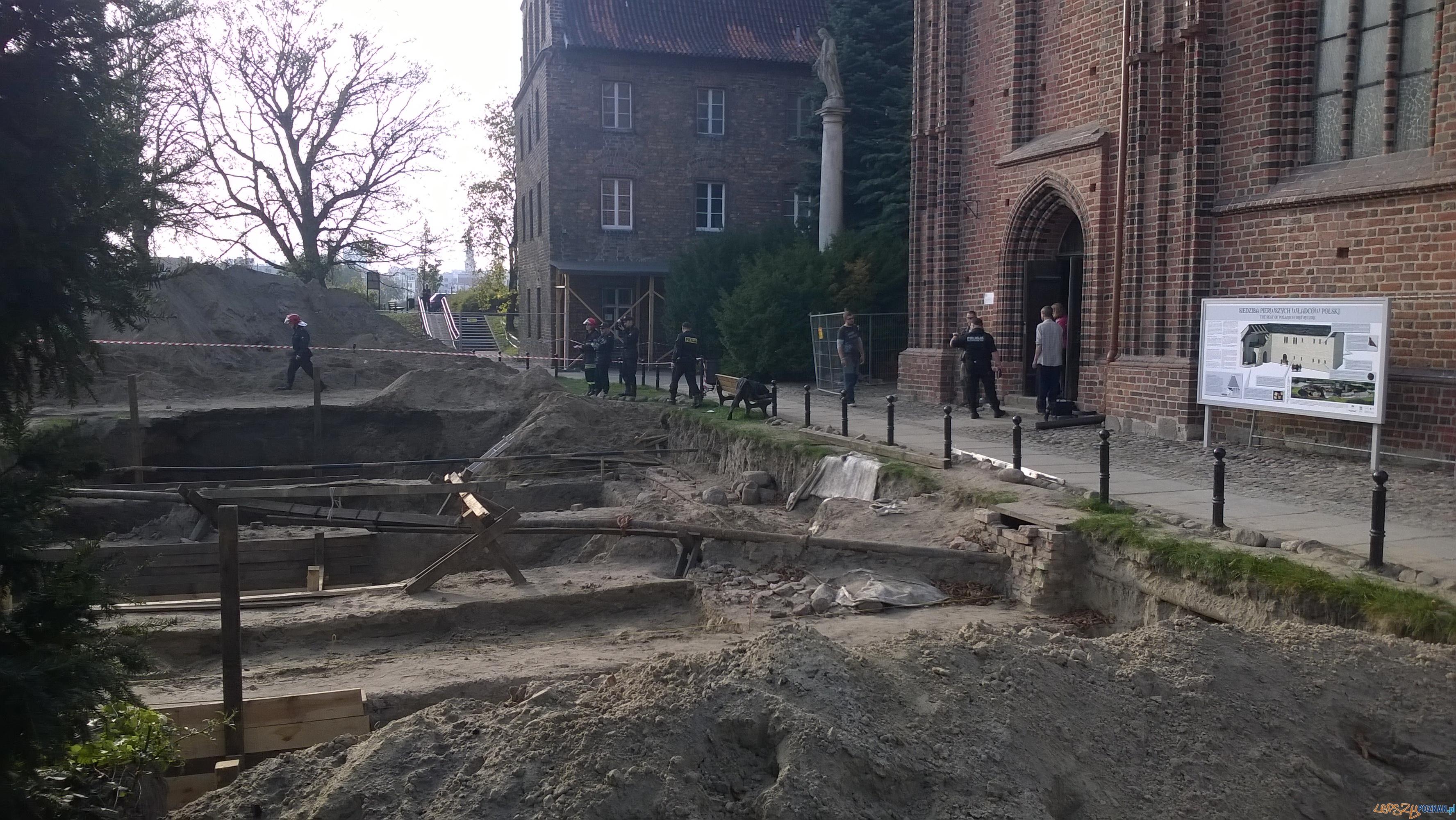 Wypadek na Ostrowie Tumskim (4)  Foto: td