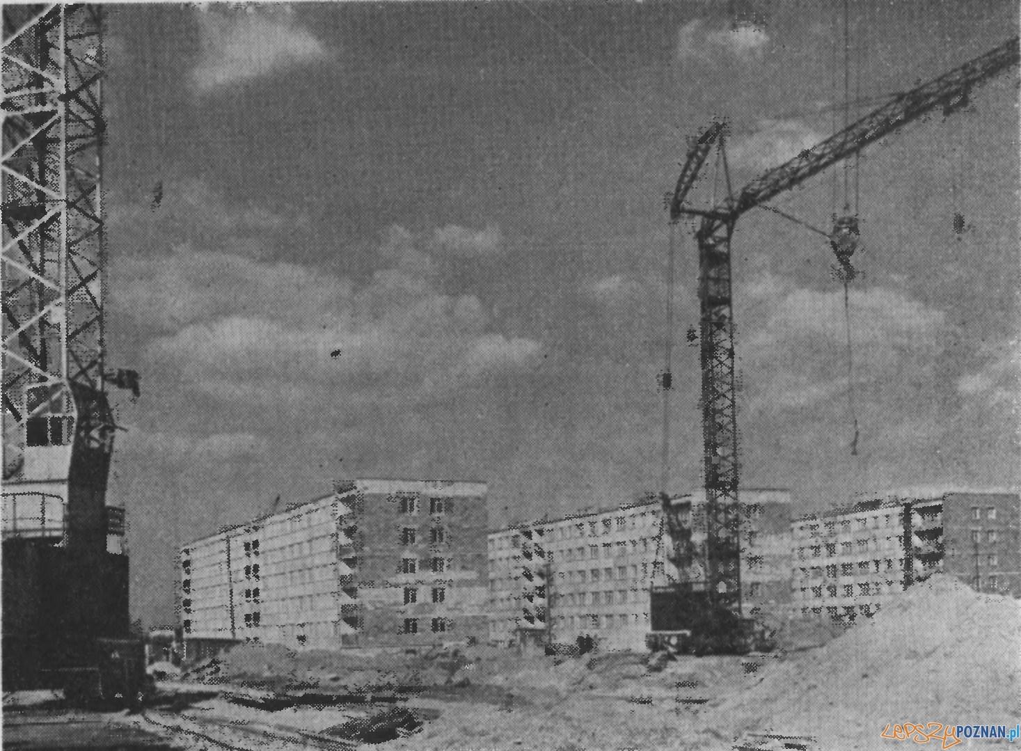 Budynki wzniesione w 1968 na os. Piastowskim Foto: Kronika Miasta Poznania 4/1969