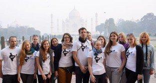 Studenci polityki społecznej UEP w Indiach