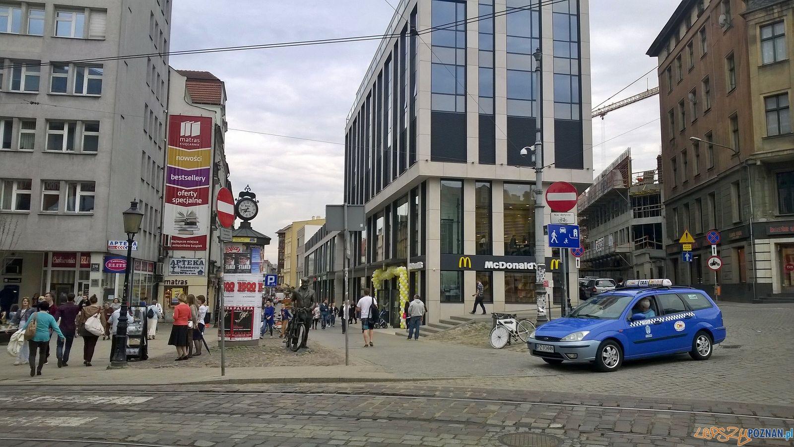 Nowy budynek na Półwiejskiej   Foto: Tomasz Dworek
