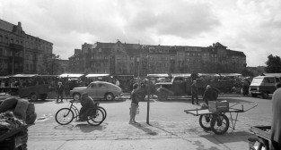 Rynek Łazarski w latach 50.tych