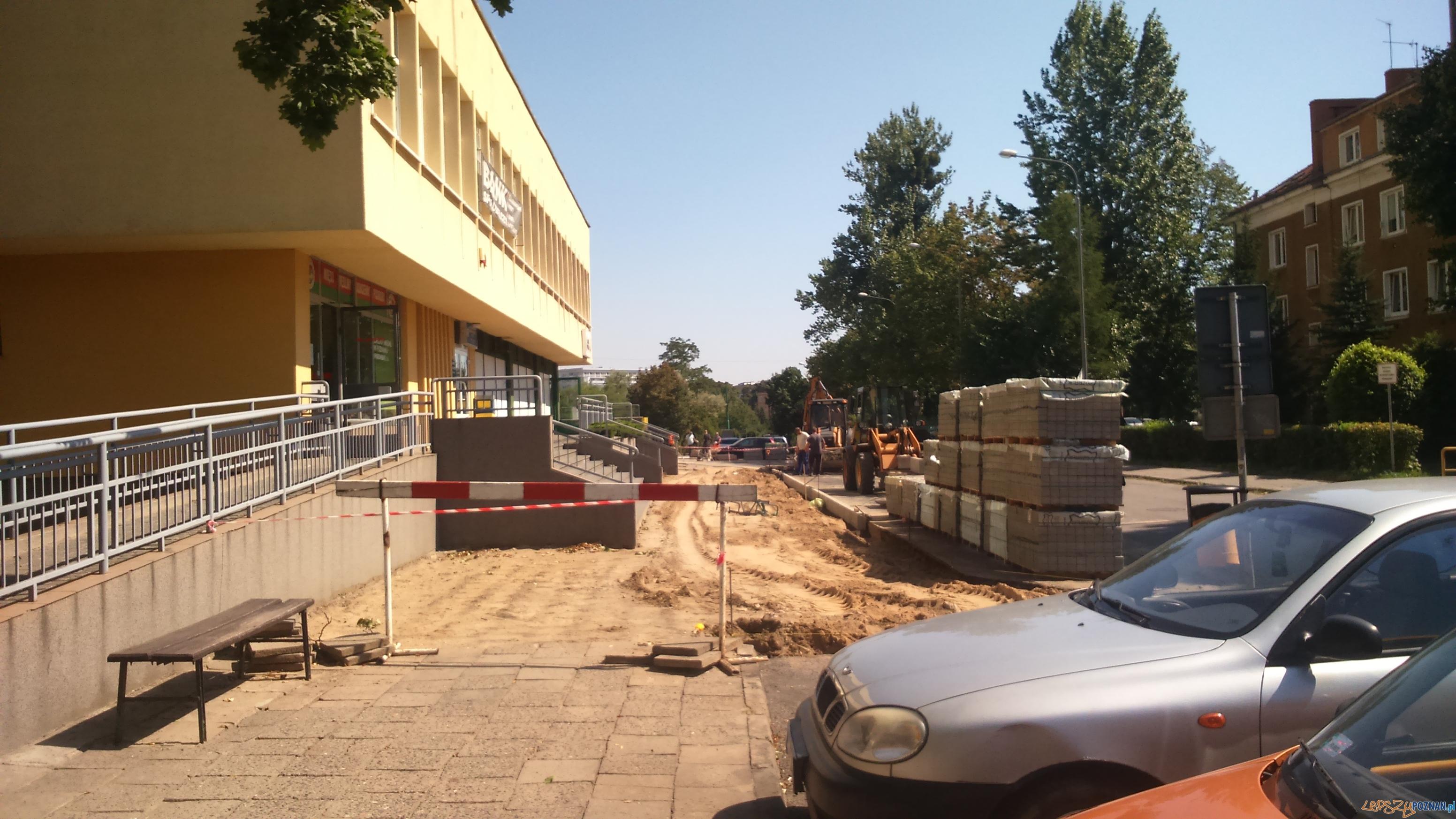 Nowe chodniki na Winiarach  Foto: Rada Osiedla Winiary