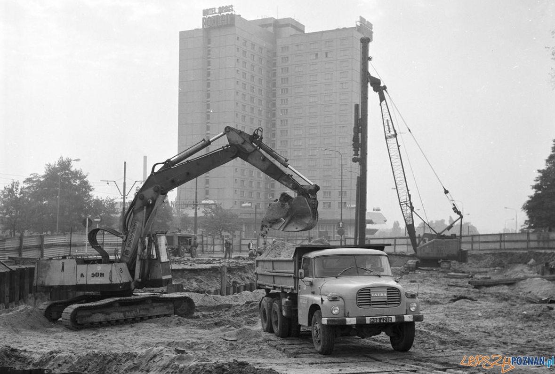 Budowa przejścia podziemnego na Wierzbięcicach - Gwardii Ludowej 19.07.1979