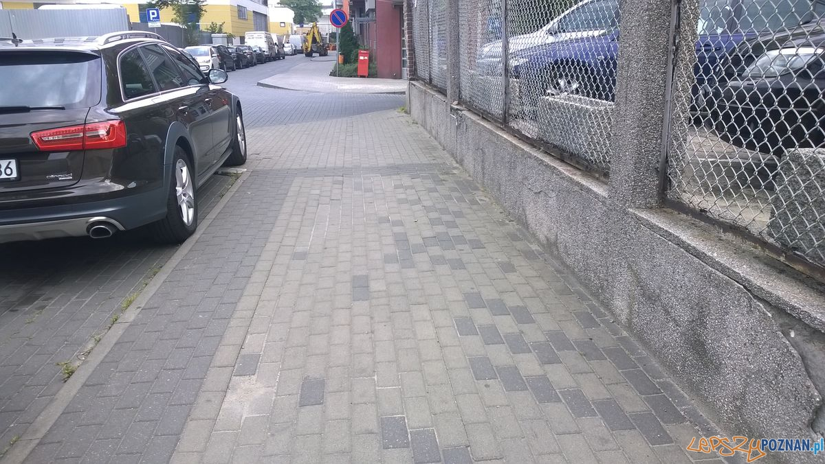 Piaskowa chodnik  Foto: