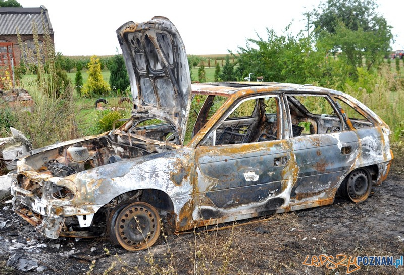 Spalił samochód ze złości na żonę  Foto: