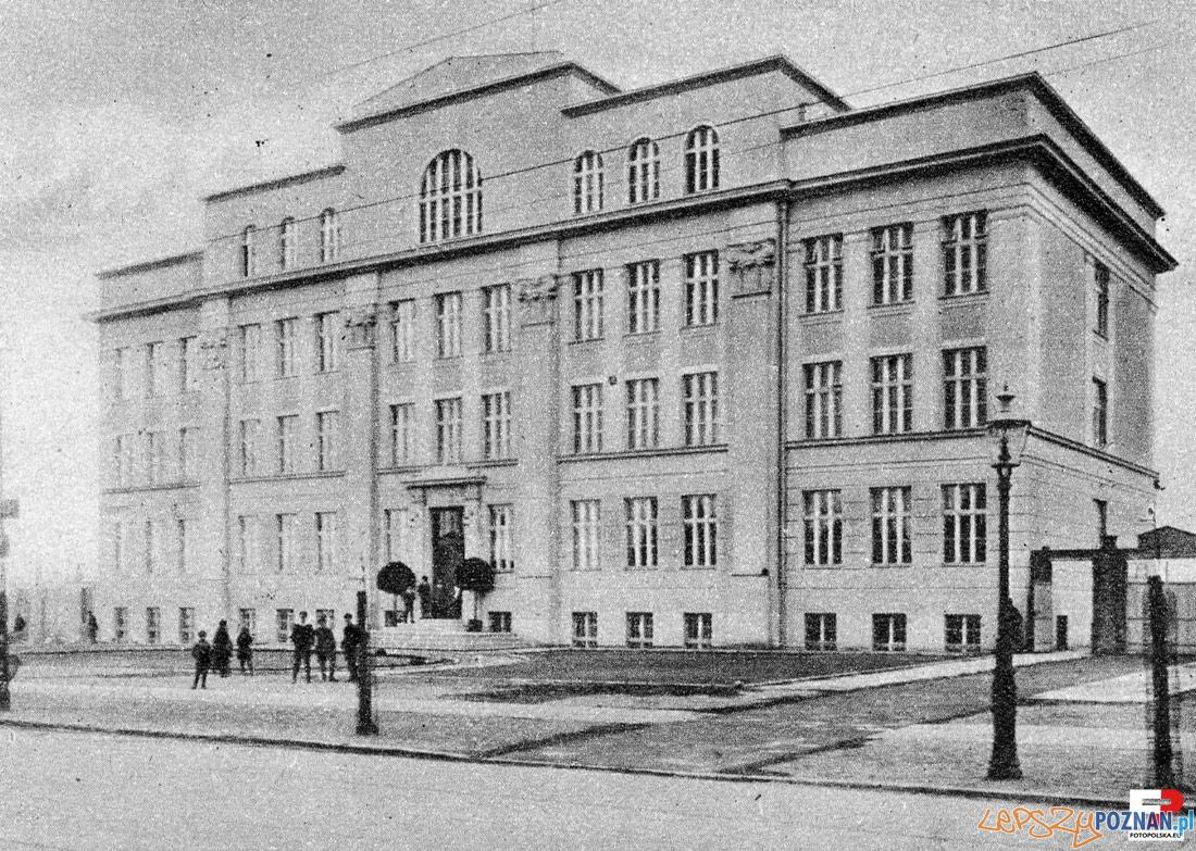 Liceum przy ulicy Głogowskiej (1928)