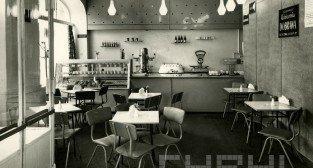 Kawiarnia Dobrawa na Śródce1960-69