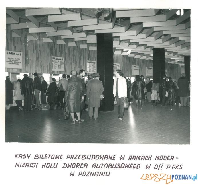 Dworzec PKS - hala pasażerska (1982)