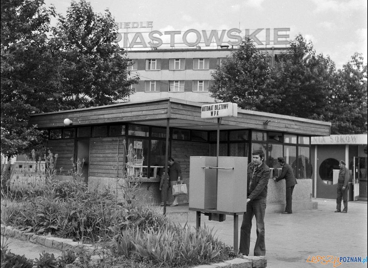 Automat Biletowy na Osiedlu Piastowskim 1979