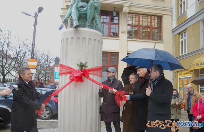 Monument Klemensa Janickiego