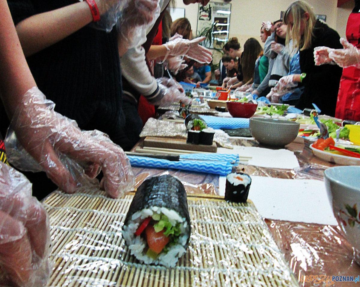 Jak smakuje i jak się robi sushi?  Foto: Nishio