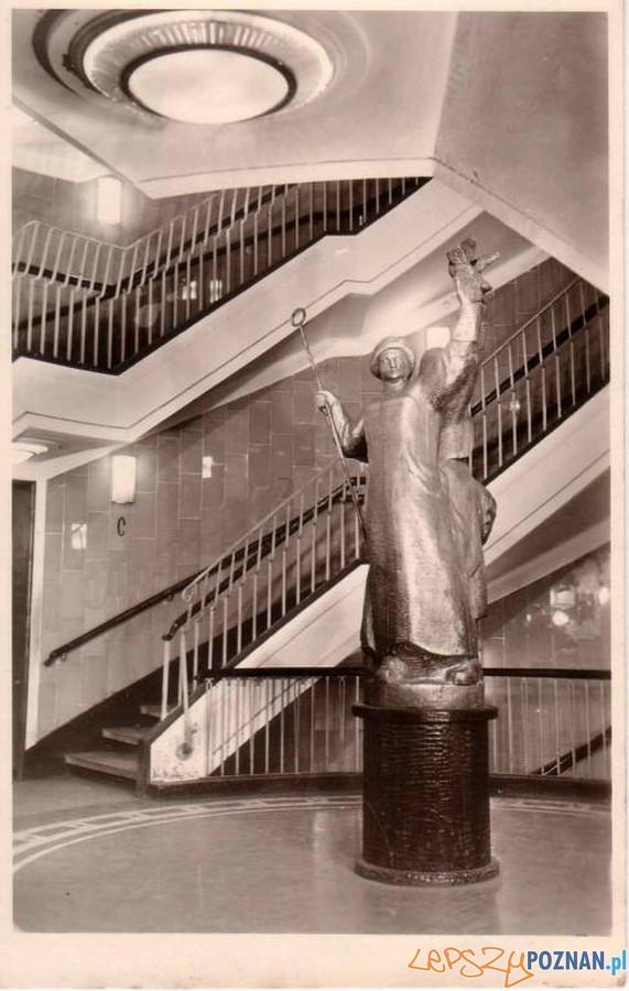 Rzeźba w Okrąglaku  Foto: