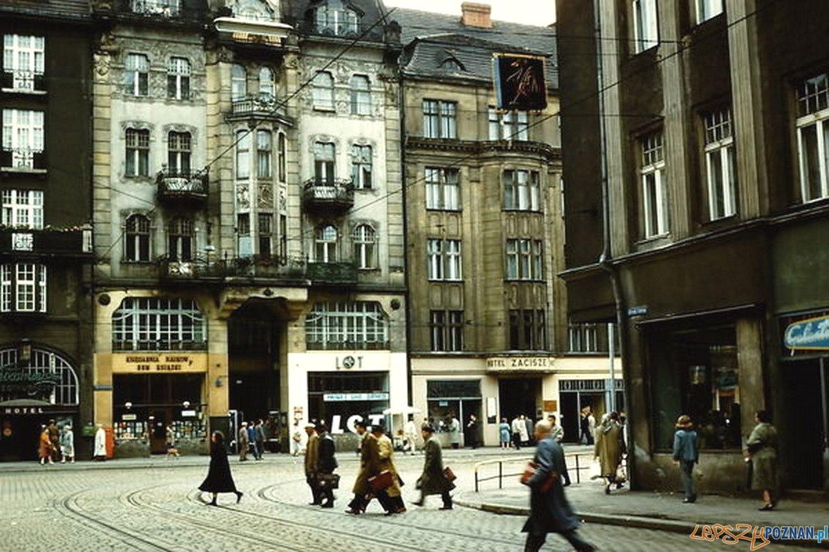 Św. Marcin i Gwarna - lata 60.te - na wprost Hotel Zacisze