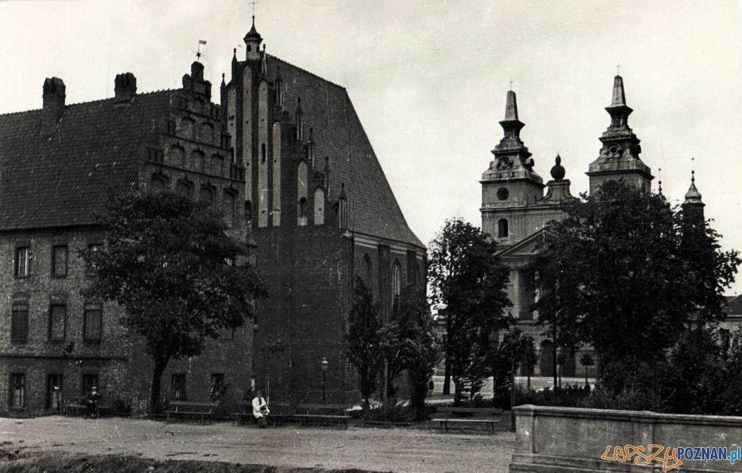 Katedra - okres międzywojenny XX wieku