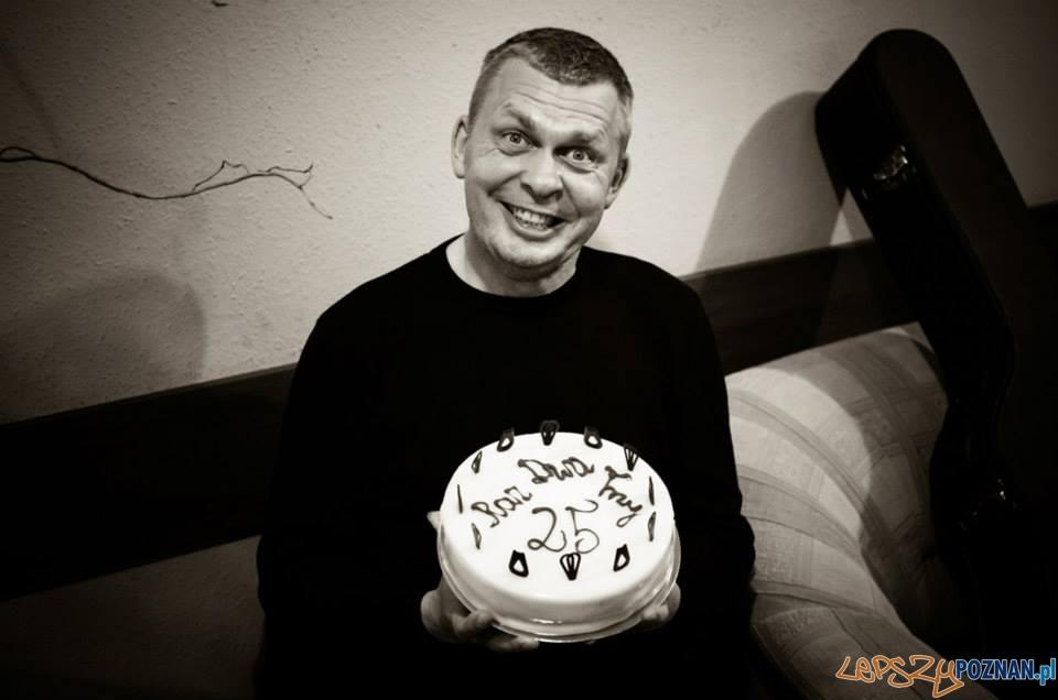 Raz, Dwa, Trzy - tort na 25 lat zespołu
