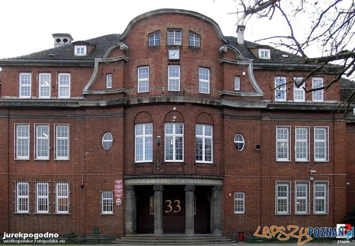 Budynek szkolny przy ul. Jarochowskiego