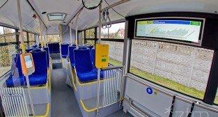 Autobus Solaris z nowymi tablicami informacyjnymi