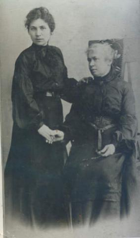 Waleria Szalay - Groele z matką