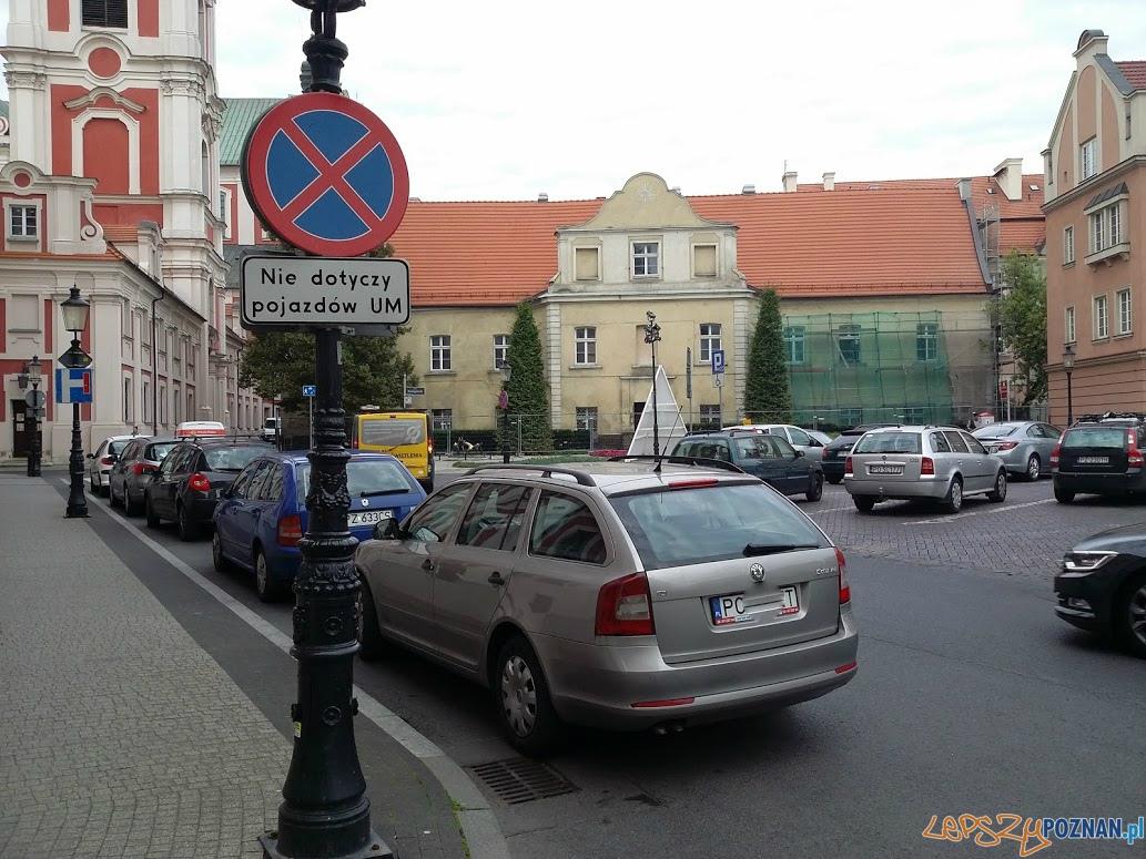 Plac Kolegiacki