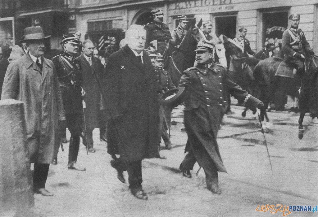 Wojciech Trąpczyński podczas powitania wojsk wracających z Warszawy po zamachu majowym 1926
