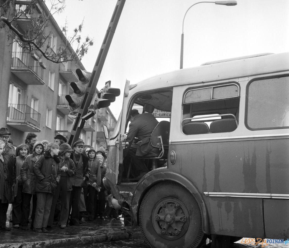 Wypadek autobusu Bukowska - Grochowska 10.04.1975 St. Wiktor Cyryl3