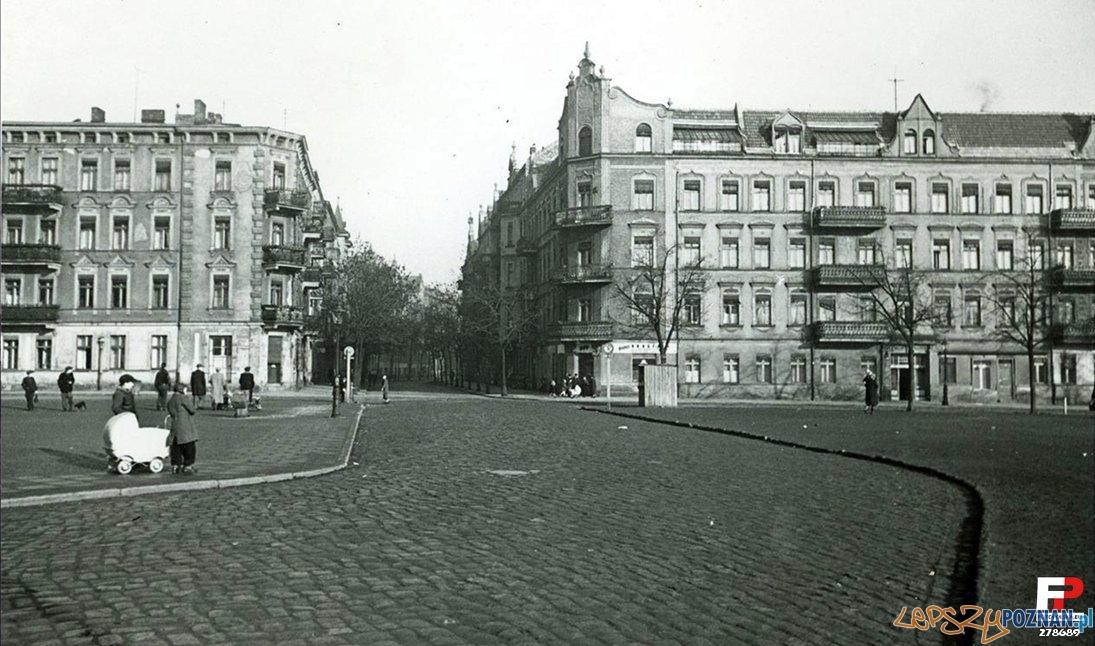 Rynek Łazarski 1950-60  Foto: fotopolska