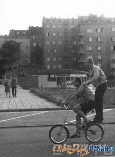 Rowerzysci na Wildzie lata - 70.te Warsztaty fotograficzne dla młodzieży z Brandenburgi