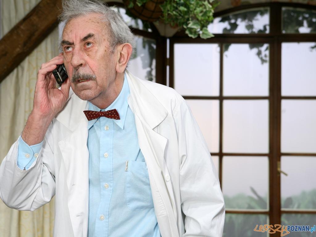 """Jan Kobuszewski w spektaklu """"Przyjazne dusze"""" w Sali Ziemi na MTP"""