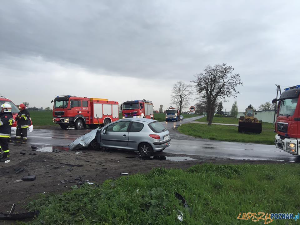 Wypadek w Szczodrzykowie  Foto: OSP Kleszczewo