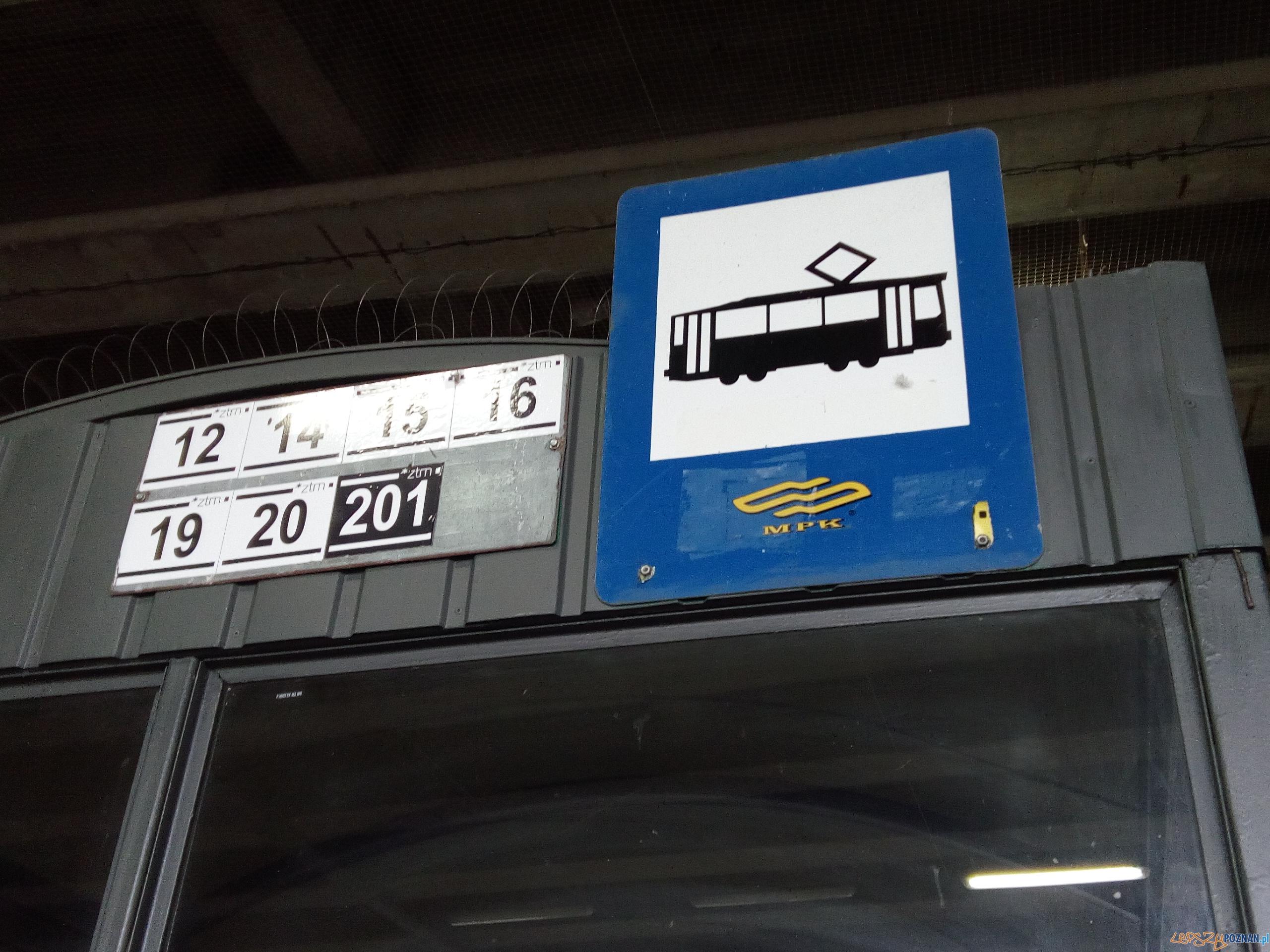 Przystanek tramwajowy  Foto: Karolina Kiraga / lepszyPOZNAN.pl