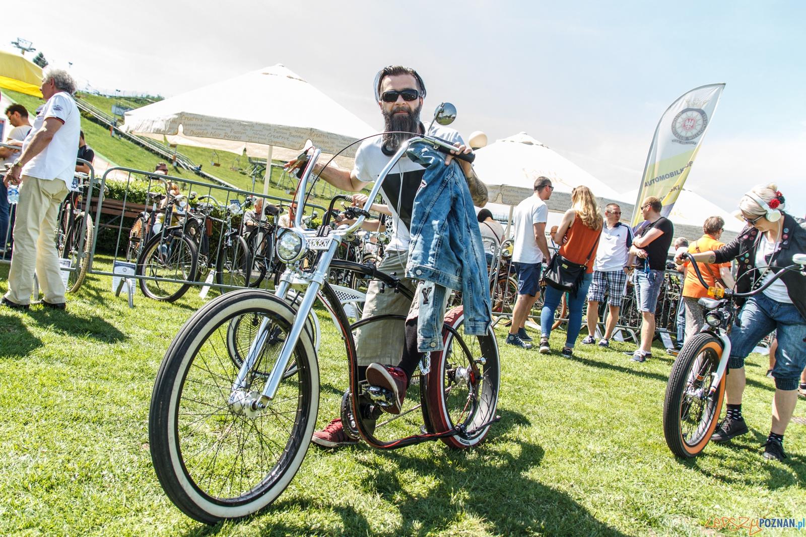 Retroweriada odbyła się na Poznańskiej Malcie. W zlocie moli wziąć udział posiadacze rowerów wyprodukowanych do roku 1945 oraz produkcji polskiej do roku 1965. Zaprosiliszeni na zlot zostali także posiadacze rowerów wyścigowych wyprodukowanych do roku 1980. - Poznań 22.05.2016 r.