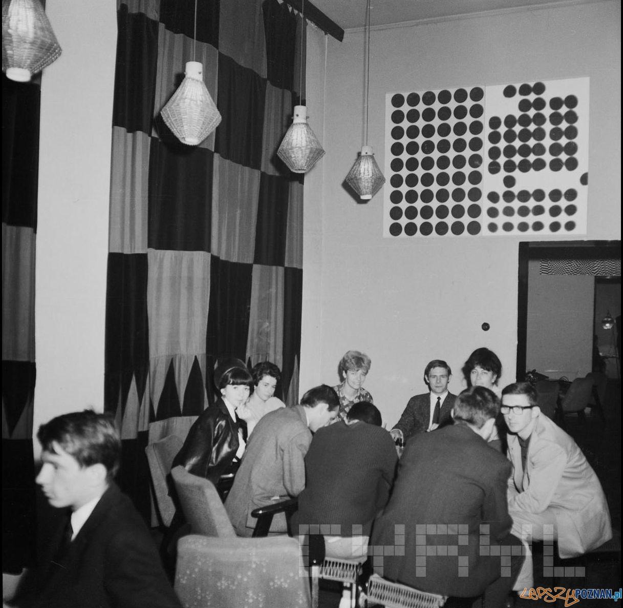 Wnetrze Klubu Od Nowa 1965 - 68